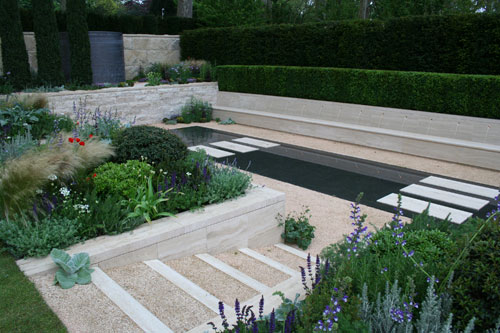 Chelsea Flower Show 2012 The Arthritis Research UK Garden designed by garden designer Thomas Hoblyn