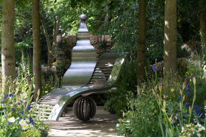 The Poetry Lover's Garden by Fiona Cadwallader