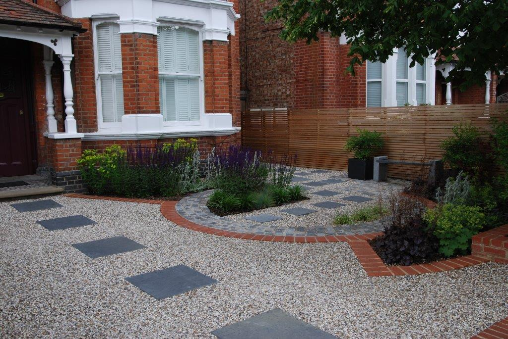 Stylish Front Garden in West London by garden designer Christine Wilkie