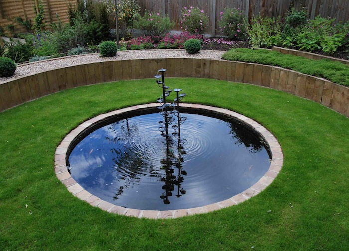 Circular lily pond and water feature