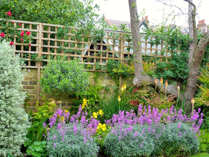 A traditional family garden By London based garden designer Pippa Schofield