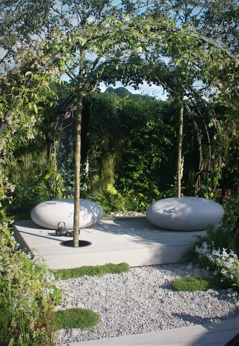 'Space Within' Mindfulness Garden Created by garden designer Rae Wilkinson the 'Space Within' garden at RHS Chatsworth Flower Show 2019, won an RHS Gold Medal, Best in Category and People's Choice awards.