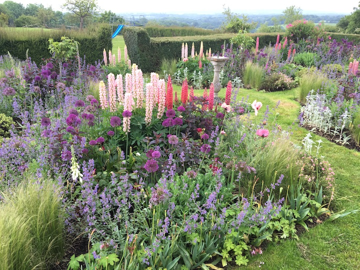 The Sundial Garden in Kent by garden designer Tara Dalton