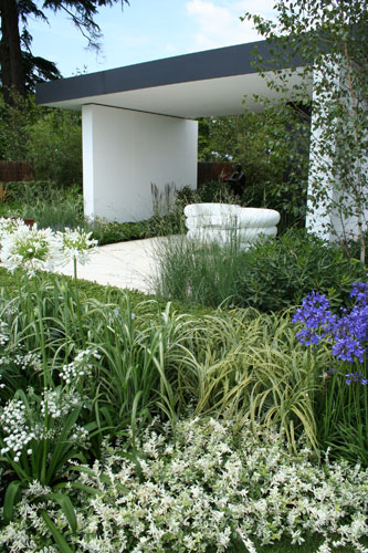Vestra Wealth's Gray's Garden Hampton Court Flower Show 2011